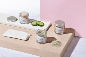 Gruum clay mask gift set product image with Alska green, pink and yellow clay masks and muslin cloth